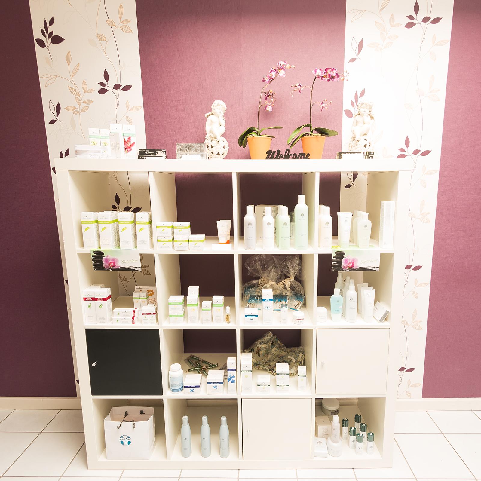 Produktübersicht Beautyprodukte Kosmetikstudio Papillon